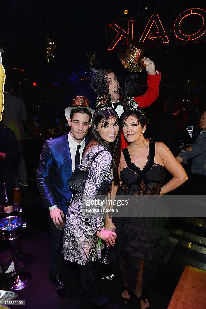 Michael Tirchin, Brittny Gastineau, Lance Bass and Kris Jenner celebrate New Year's Eve at 1 OAK Nightclub at The Mirage Hotel & Casino on December 31, 2012 in Las Vegas, Nevada.
