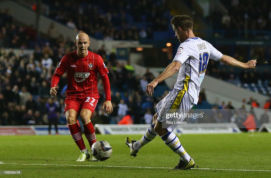 <a gi-track='captionPersonalityLinkClicked' href=/galleries/search?phrase=Michael+Tonge&family=editorial&specificpeople=196528 ng-click='$event.stopPropagation()'>Michael Tonge</a> of Leeds United scores the opening goal during the Capital One Cup Fourth Round match between Leeds United and Southampton at Elland Road on October 30, 2012 in Leeds, England.