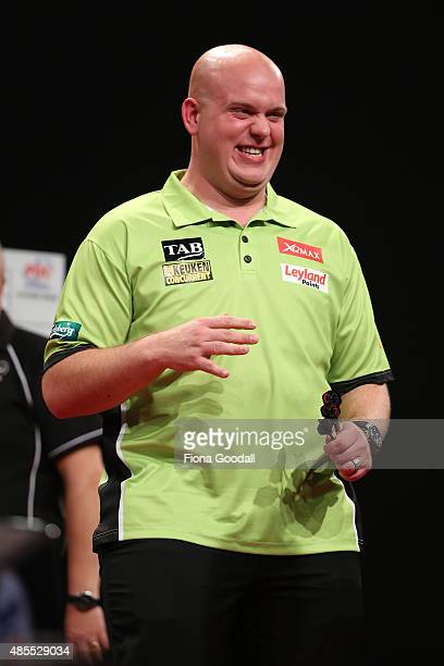 Michael van Gerwen wins his first match during the Auckland Darts Masters at The Trusts Arena on August 28 2015 in Auckland New Zealand