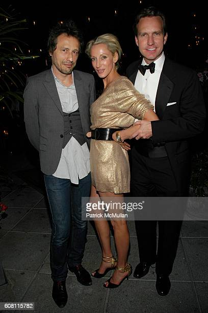 Michael Wincott Jackie Astier and Dr Douglas Steinbrech attend THE CINEMA SOCIETY HUGO BOSS after party for 'FRACTURE' at Gramercy Park Hotel on...