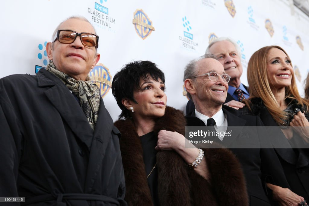<a gi-track='captionPersonalityLinkClicked' href=/galleries/search?phrase=Michael+York&family=editorial&specificpeople=209058 ng-click='$event.stopPropagation()'>Michael York</a>, Liza Minelli, <a gi-track='captionPersonalityLinkClicked' href=/galleries/search?phrase=Joel+Grey&family=editorial&specificpeople=215297 ng-click='$event.stopPropagation()'>Joel Grey</a>, <a gi-track='captionPersonalityLinkClicked' href=/galleries/search?phrase=Robert+Osborne&family=editorial&specificpeople=566817 ng-click='$event.stopPropagation()'>Robert Osborne</a> and <a gi-track='captionPersonalityLinkClicked' href=/galleries/search?phrase=Marisa+Berenson&family=editorial&specificpeople=206844 ng-click='$event.stopPropagation()'>Marisa Berenson</a> attend the 'Cabaret' 40th Anniversary New York Screening at Ziegfeld Theatre on January 31, 2013 in New York City.