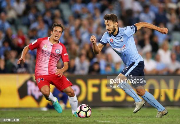 Michael Zullo of Sydney FC controls the ball during the round 25 ALeague match between Sydney FC and Melbourne City FC at Allianz Stadium on April 1...