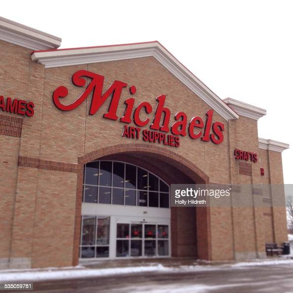Retail signs pictures getty images for Where is michaels arts and crafts