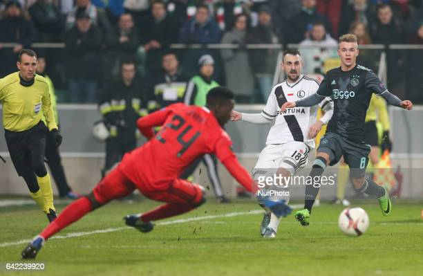 Michal Kucharczyk Andre Onana Daley Sinkgraven during the UEFA Europa League round of 32 firstleg football match between Legia Warsaw and Ajax in...