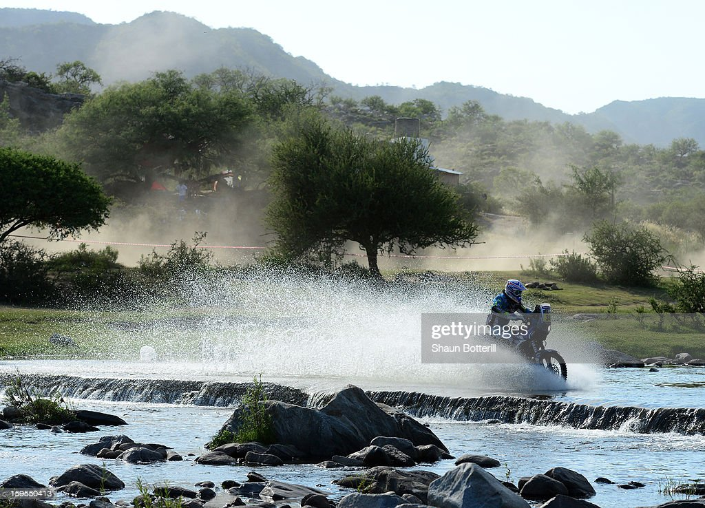 Michale Metge of team Yamaha Racing France competes in stage 10 from Cordoba to La Rioja during the 2013 Dakar Rally on January 15, 2013 in Cordoba, Argentina.