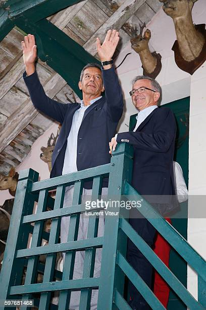 Michel Cymes attends 21th 'La Foret des Livres' at ChanceauxPres Loches on August 28 2016 in Loches France