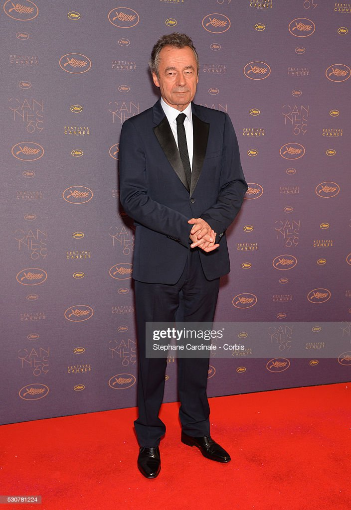 <a gi-track='captionPersonalityLinkClicked' href=/galleries/search?phrase=Michel+Denisot&family=editorial&specificpeople=753821 ng-click='$event.stopPropagation()'>Michel Denisot</a> arrives at the Opening Gala Dinner during the 69th Annual Cannes Film Festival on May 11, 2016 in Cannes, France.