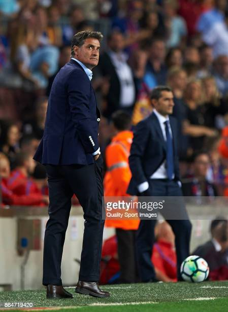 Michel Manager of Malaga CF reacts during the La Liga match between Barcelona and Malaga at Camp Nou on October 21 2017 in Barcelona Spain
