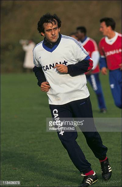 Michel Platini And France Soccer Team On November 14Th1990