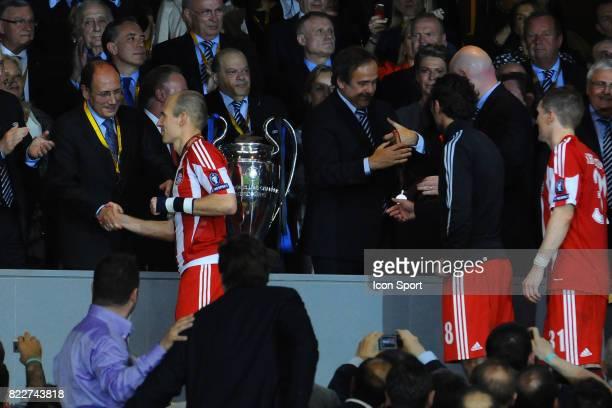 Michel PLATINI / hamit ALTINTOP / Arjen ROBBEN Inter Milan / Bayern Munich Finale de la Champions League Madrid Espagne