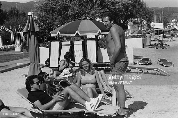 Michel Sardou Serge Lama Jane Manson and Mort Shuman at the French song for Olympiad in Greece on May 10 1978