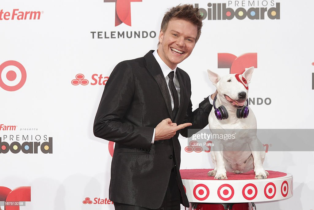 <a gi-track='captionPersonalityLinkClicked' href=/galleries/search?phrase=Michel+Telo&family=editorial&specificpeople=8785378 ng-click='$event.stopPropagation()'>Michel Telo</a> celebrates with Bullseye, Target's Beloved Bull Terrier Mascot, at the 2013 Billboard Latin Music Awards at BankUnited Center on April 25, 2013 in Miami, Florida.