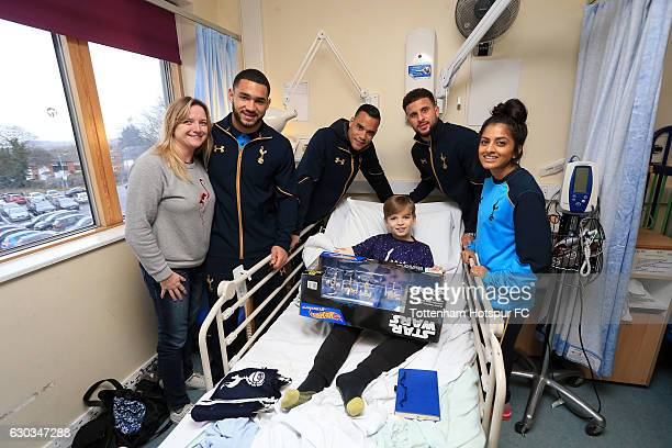 Michel Vorm Kyle Walker Cameron CarterVickers of Tottenham Hotspur and Riana Soobadoo of Tottenham Hotspur Ladies visit patients ahead of Christmas...