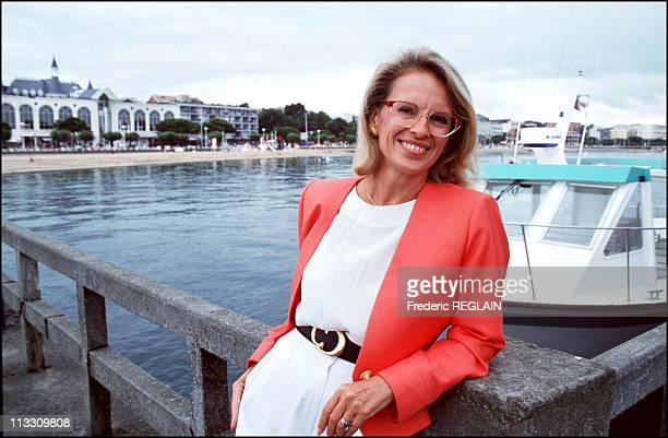Michele AlliotMarie Minister Of Sports In Arcachon On August 23rd 1993