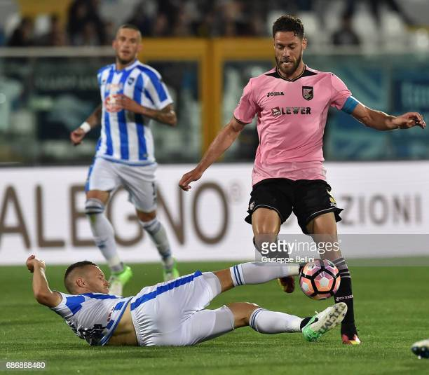 Michele Fornasier of US Citta di Palermo and Andrea Rispoli of US Citta di Palermo in action during the Serie A match between Pescara Calcio and US...
