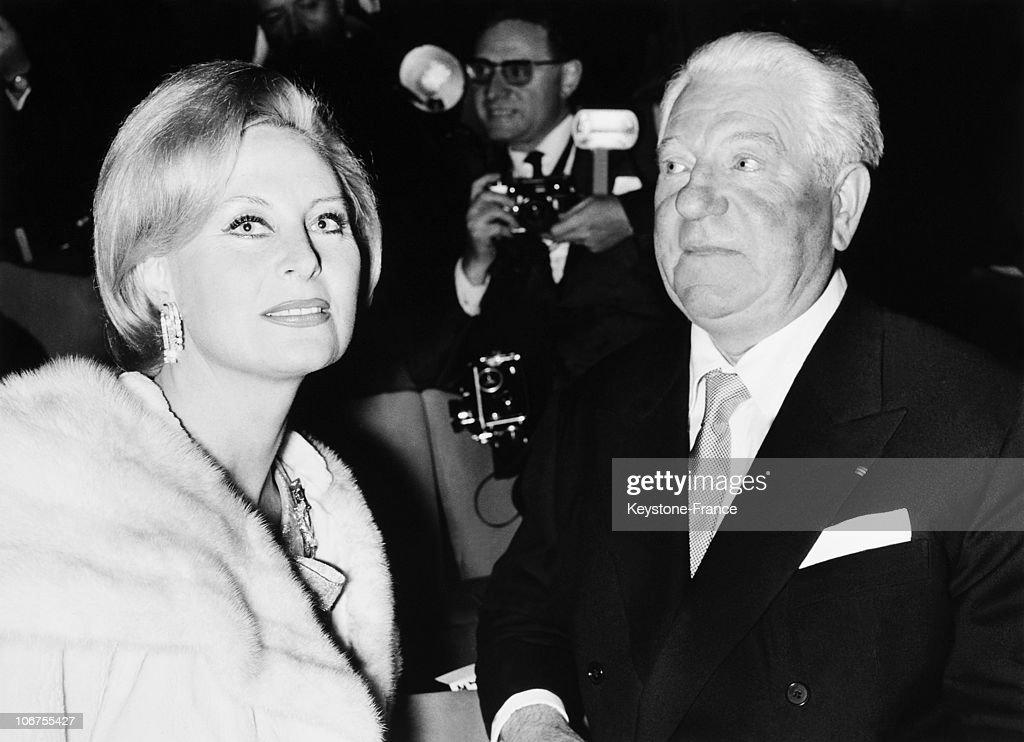 Talentovane i lepe - francuske glumice Michele-morgan-and-jean-gabin-1964-picture-id106755427