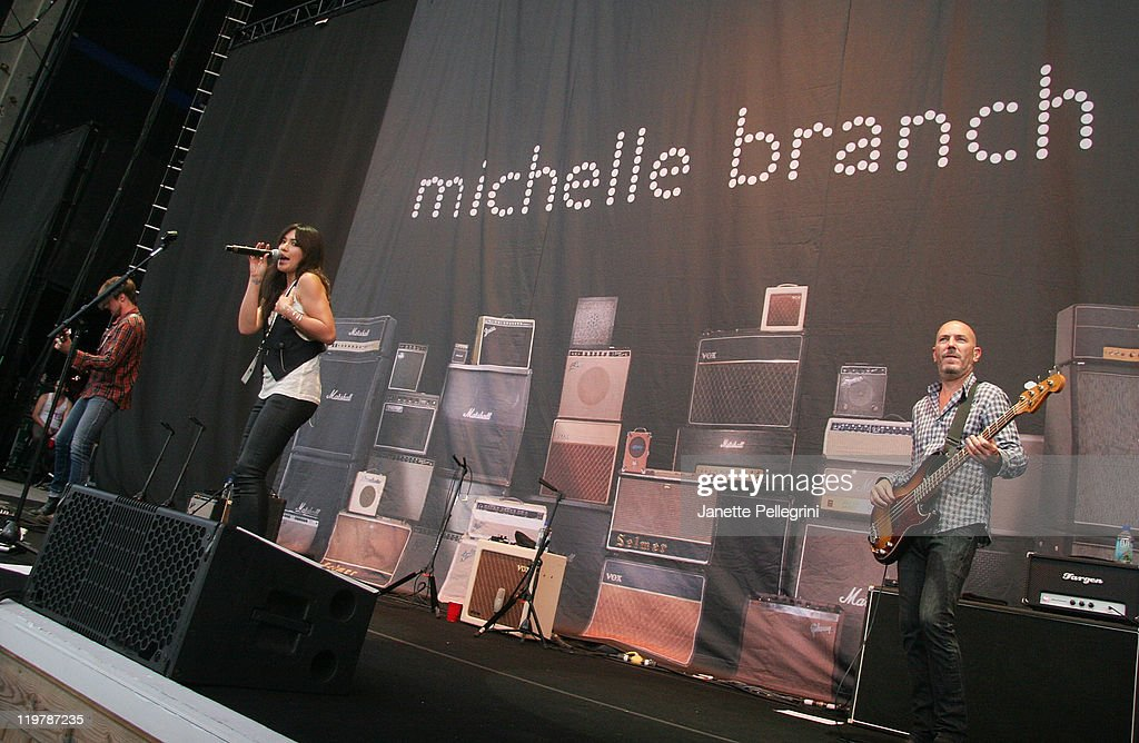 <a gi-track='captionPersonalityLinkClicked' href=/galleries/search?phrase=Michelle+Branch&family=editorial&specificpeople=209165 ng-click='$event.stopPropagation()'>Michelle Branch</a> performs at the Nikon at Jones Beach Theater on July 24, 2011 in Wantagh, New York.