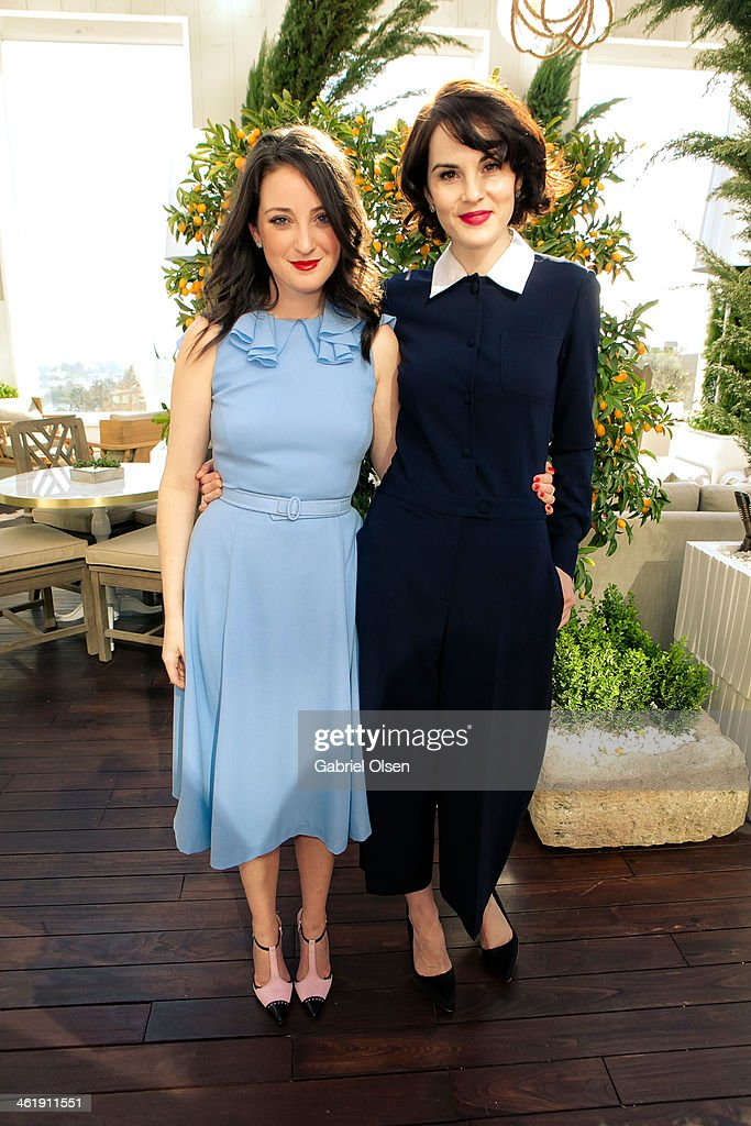 <a gi-track='captionPersonalityLinkClicked' href=/galleries/search?phrase=Michelle+Dockery&family=editorial&specificpeople=4047702 ng-click='$event.stopPropagation()'>Michelle Dockery</a> (R) joins DuJour Magazine's Jason Binn with editors Nicole Vecchiarelli & Keith Pollock as they celebrate The Great Performances issue featuring '12 Years A Slave' Golden Globe Nominee Lupita Nyong'o at Herringbone, Mondrian LA on January 11, 2014 in Beverly Hills, California.