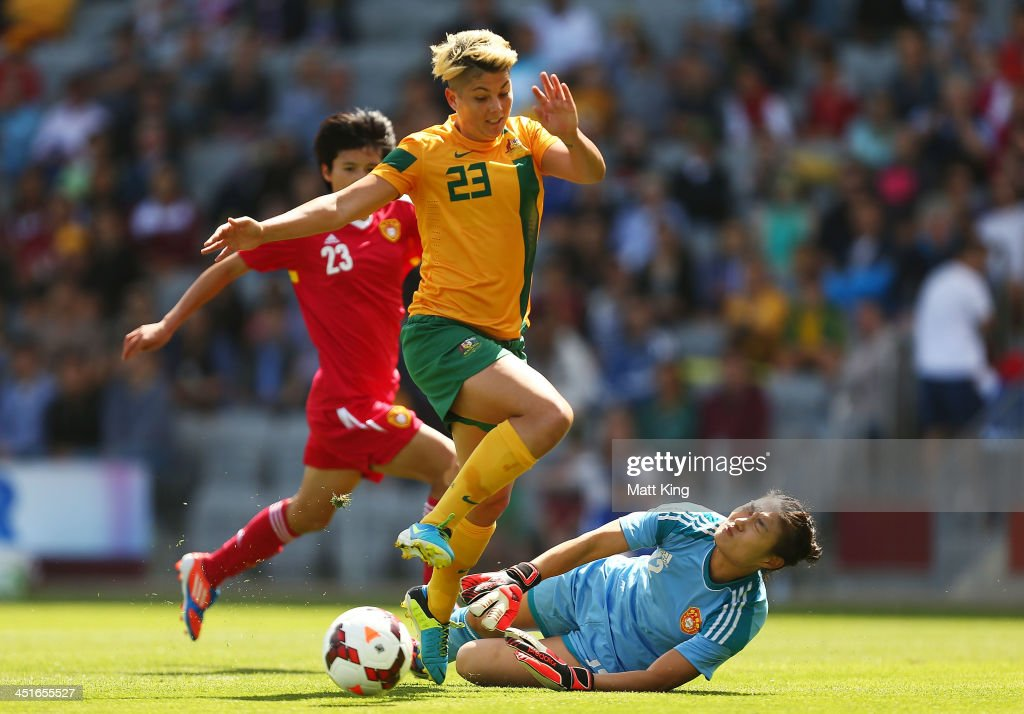 Michelle Heyman of the Matildas tries to get past goalkeeper Fei Wang of China during the match between the Australian Matildas and China PR at WIN...