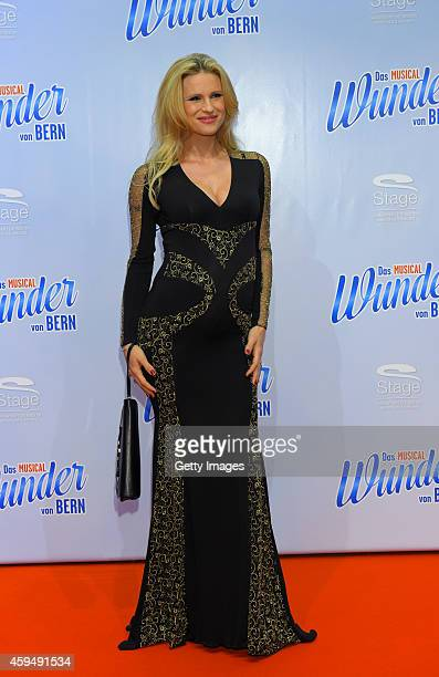 Michelle Hunziker attends the 'Das Wunder von Bern' musical premiere on November 23 2014 in Hamburg Germany
