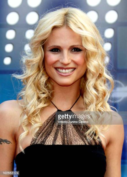 Michelle Hunziker attends the Mediaset Night TV Programming Presentation on June 30 2010 in Milan Italy