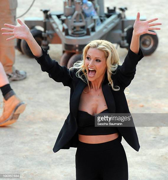 Michelle Hunziker attends the Wetten Dass Summer Edition on May 23 2010 in Palma de Mallorca Spain