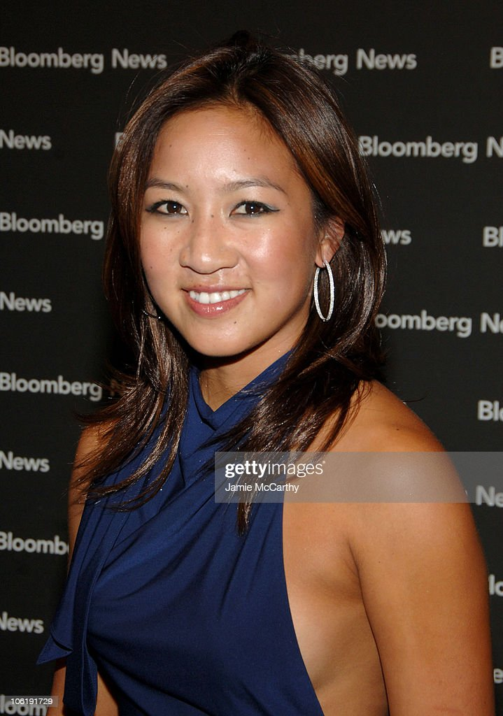 Michelle Kwan during 2007 White House Correspondents Dinner - Bloomberg ... Show more - michelle-kwan-during-2007-white-house-correspondents-dinner-bloomberg-picture-id106191729