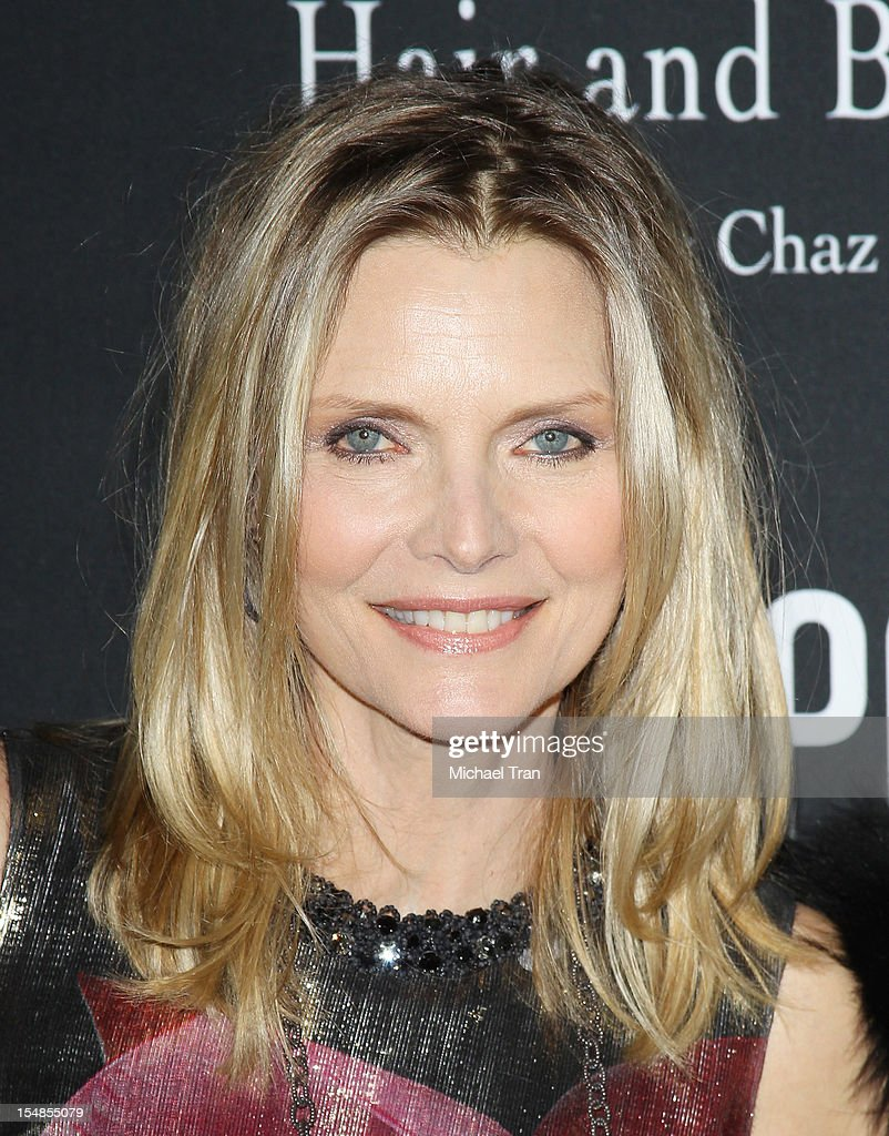 <a gi-track='captionPersonalityLinkClicked' href=/galleries/search?phrase=Michelle+Pfeiffer&family=editorial&specificpeople=212951 ng-click='$event.stopPropagation()'>Michelle Pfeiffer</a> arrives at the 8th Annual Pink Party held at Hangar 8 on October 27, 2012 in Santa Monica, California.