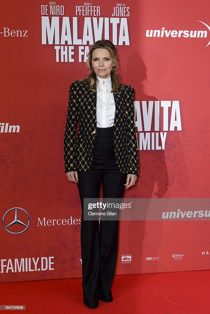 <a gi-track='captionPersonalityLinkClicked' href=/galleries/search?phrase=Michelle+Pfeiffer&family=editorial&specificpeople=212951 ng-click='$event.stopPropagation()'>Michelle Pfeiffer</a> attends the 'Malavita' premiere at Kino in der Kulturbrauerei on October 15, 2013 in Berlin, Germany.