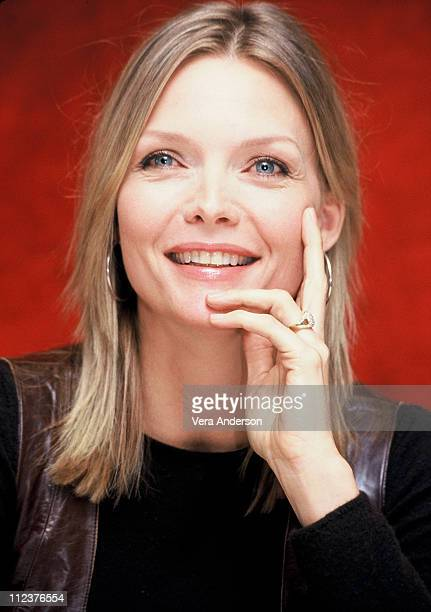 Michelle Pfeiffer during 'I am Sam' Press Conference with Michelle Pfeiffer and Sean Penn at W Hotel in Westwood California United States
