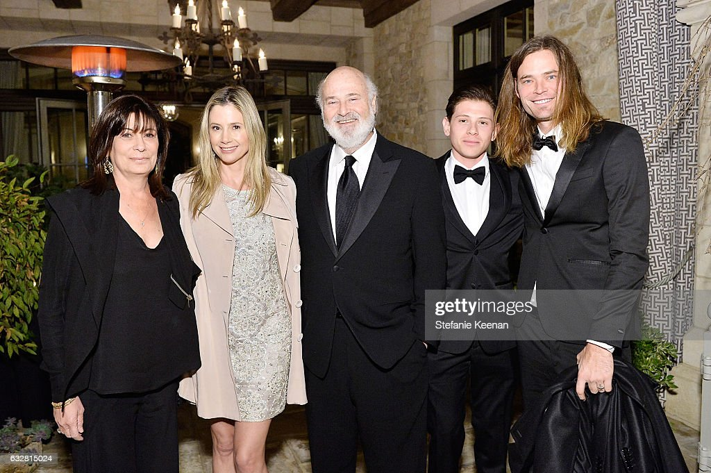 Michelle Reiner, Mira Sorvino, Rob Reiner, Alexander Weinstock, and Christopher Backus attend PSLA partners with Carolina Herrera for Winter Gala on January 26, 2017 in Beverly Hills, California.