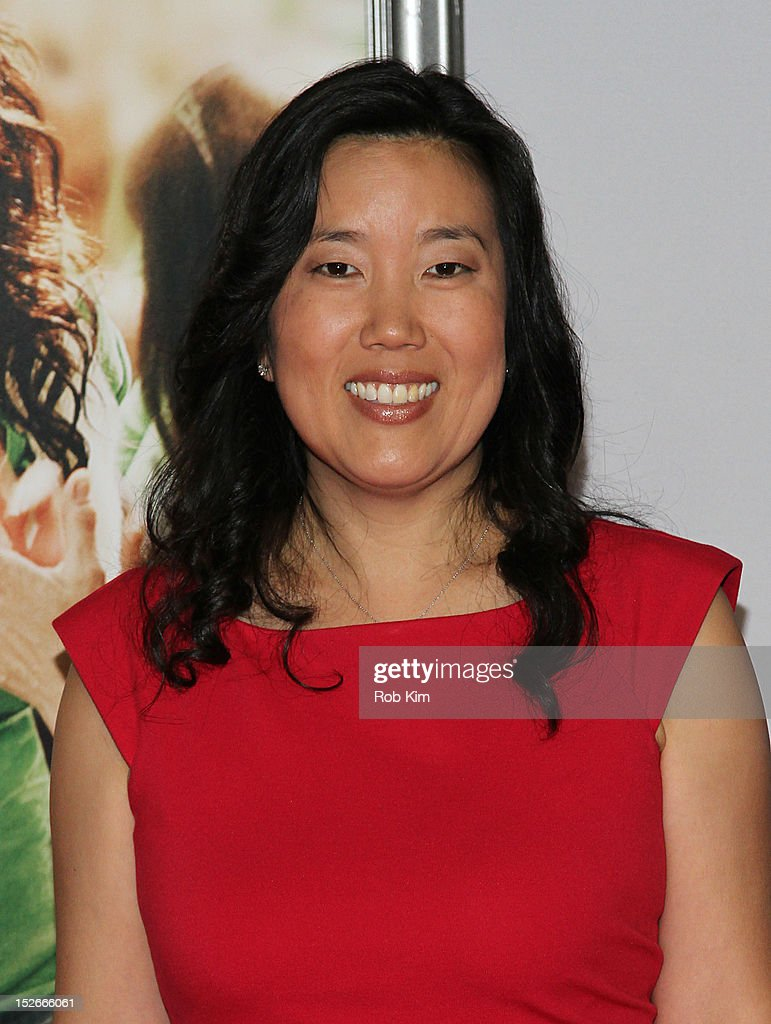 <a gi-track='captionPersonalityLinkClicked' href=/galleries/search?phrase=Michelle+Rhee&family=editorial&specificpeople=6520372 ng-click='$event.stopPropagation()'>Michelle Rhee</a> attends the 'Won't Back Down' New York Premiere at Ziegfeld Theater on September 23, 2012 in New York City.