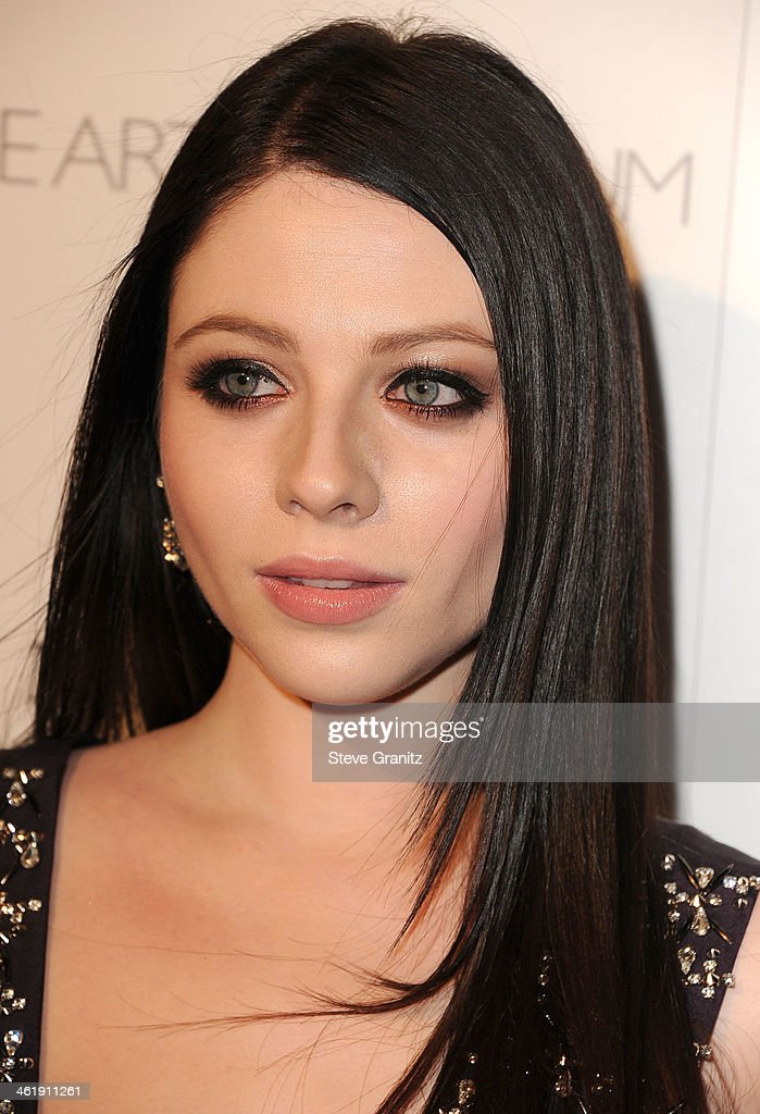 Michelle Trachtenberg arrives at the The Art of Elysium's 7th Annual HEAVEN Gala Presented By Mercedes-Benz on January 11, 2014 in Los Angeles, California.