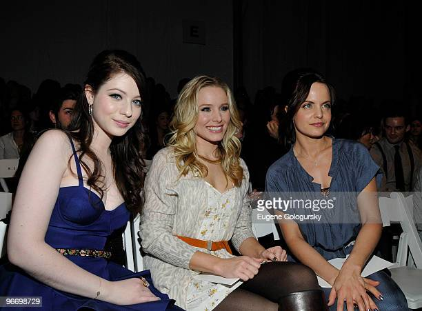 Michelle Trachtenberg Kristen Bell and Mena Suvari attend The Rebecca Taylor Fall 2010 during MercedesBenz Fashion Week at Bryant Park on February 14...