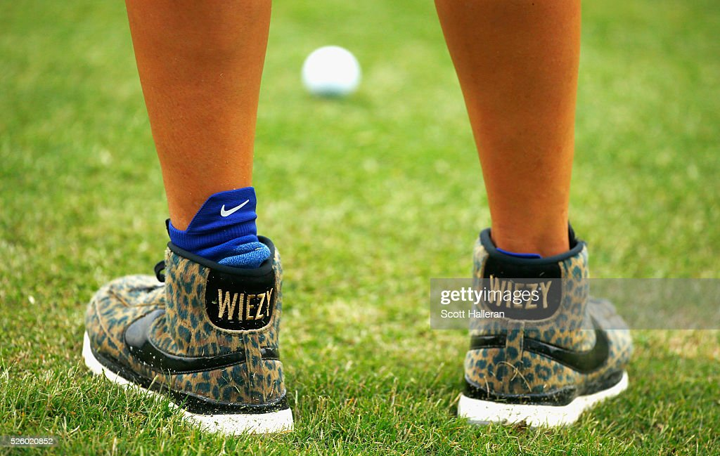 <a gi-track='captionPersonalityLinkClicked' href=/galleries/search?phrase=Michelle+Wie&family=editorial&specificpeople=201982 ng-click='$event.stopPropagation()'>Michelle Wie</a> waits behind the first green during the second round of the Volunteers of America Texas Shootout at Las Colinas Country Club on April 29, 2016 in Irving, Texas.