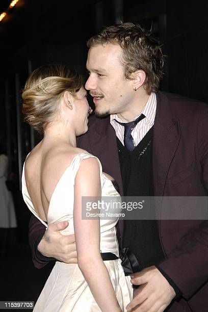 Michelle Williams and Heath Ledger during 'Brokeback Mountain' New York City Premiere Outside Arrivals at Loews Lincoln Square in New York City New...