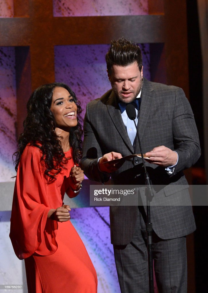 Michelle Williams and Wess Morgan present Group/Duo of the Year Award at the 28th Annual Stellar Awards Show at Grand Ole Opry House on January 19, 2013 in Nashville, Tennessee.
