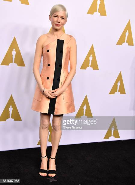Michelle Williams arrives at the 89th Annual Academy Awards Nominee Luncheon at The Beverly Hilton Hotel on February 6 2017 in Beverly Hills...
