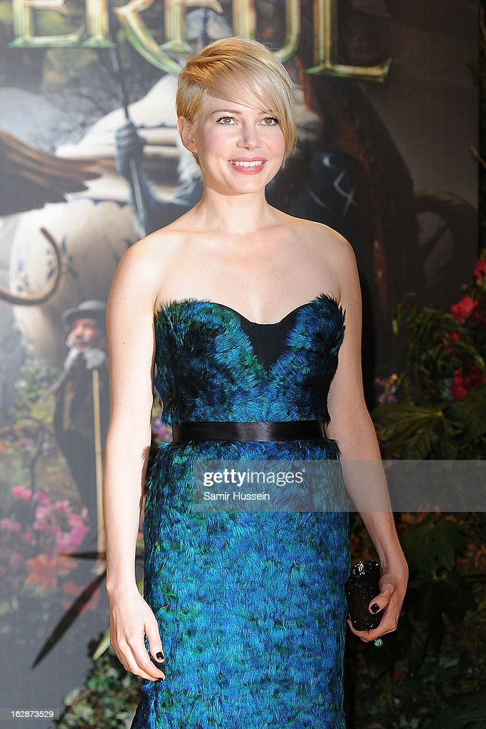 Michelle Williams arrives for the 'Oz: The Great And Powerful' European premiere at the Empire Leicester Square on February 28, 2013 in London, England.