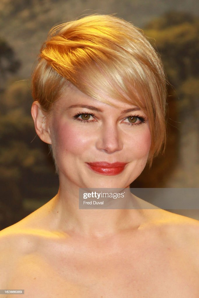 <a gi-track='captionPersonalityLinkClicked' href=/galleries/search?phrase=Michelle+Williams+-+Actrice&family=editorial&specificpeople=201698 ng-click='$event.stopPropagation()'>Michelle Williams</a> attends the European Film Premiere of 'Oz: The Great And Powerful' at The Empire Cinema on February 28, 2013 in London, England.