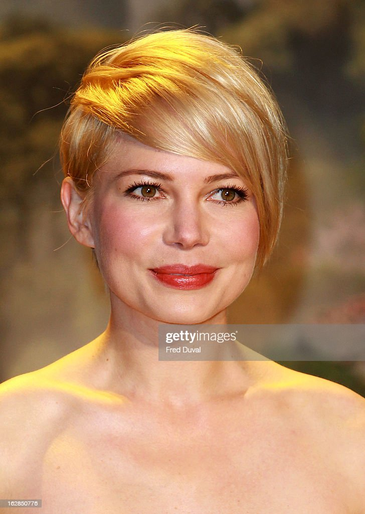 <a gi-track='captionPersonalityLinkClicked' href=/galleries/search?phrase=Michelle+Williams+-+Actress&family=editorial&specificpeople=201698 ng-click='$event.stopPropagation()'>Michelle Williams</a> attends the European Premiere of 'Oz: The Great And Powerful' at The Empire Cinema on February 28, 2013 in London, England.
