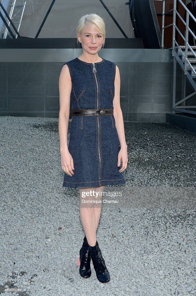 Michelle Williams attends the Louis Vuitton show as part of the Paris Fashion Week Womenswear Fall/Winter 2015/2016 on March 11, 2015 in Paris, France.