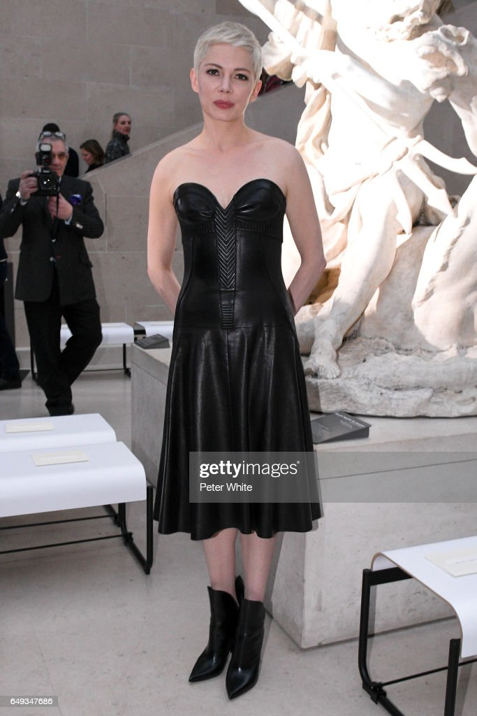 Michelle Williams attends the Louis Vuitton show as part of the Paris Fashion Week Womenswear Fall/Winter 2017/2018 on March 7, 2017 in Paris, France.
