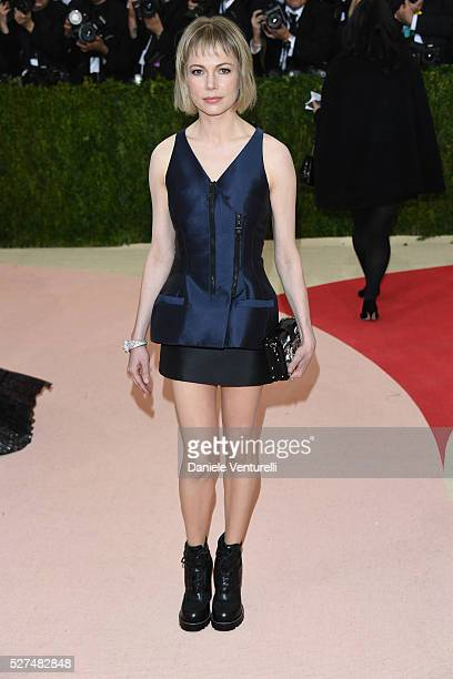Michelle Williams attends the 'Manus x Machina Fashion In An Age Of Technology' Costume Institute Gala at the Metropolitan Museum on May 02 2016 in...