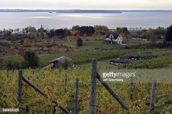 Michigan Leelanau Peninsula Traverse City Willow Vineyards PoSt West Arm Grand Traverse Bay