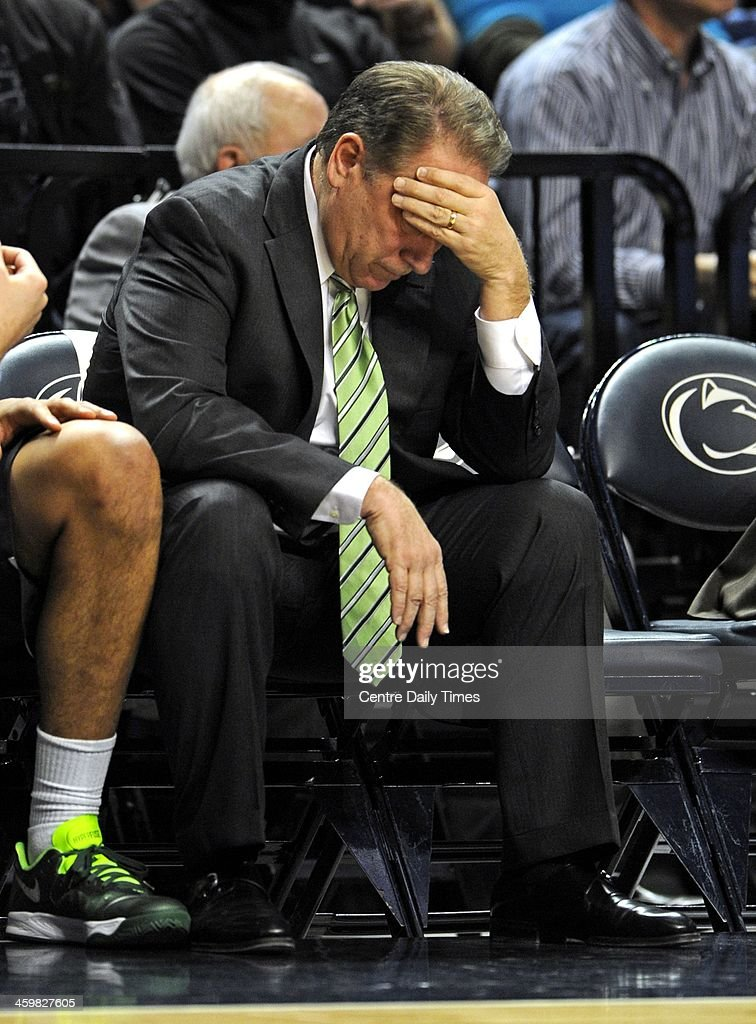 Michigan State Spartans head coach Tom Izzo hangs his head as the Penn State nittany Lions jumps out to a big lead during the first half in University Park, Pa., on Tuesday, Dec. 31, 2013.