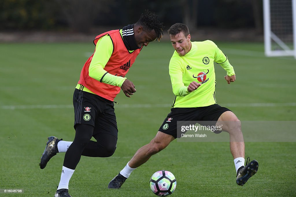 Michy Batshuayi and Cesar Azpilicueta of Chelsea during a training session at Chelsea Training Ground on October 21, 2016 in Cobham, England.