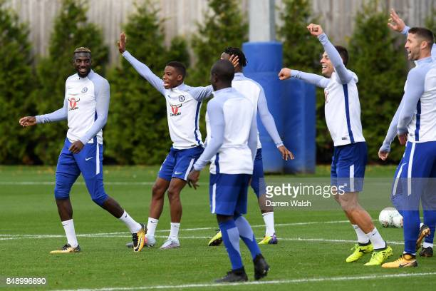 Michy Batshuayi Charly Musonda and Tiemoue Bakayoko of Chelsea during a training session at Chelsea Training Ground on September 18 2017 in Cobham...