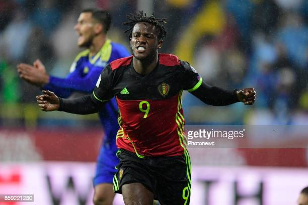 Michy Batshuayi forward of Belgium celebrates scoring the equalising goal during the World Cup Qualifier Group H match between Bosnia and Herzegovina...