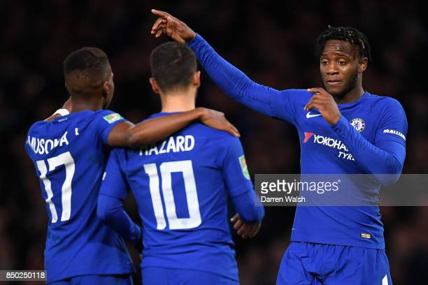 Michy Batshuayi of Chelsea celebrates scoring his sides fourth goal with Charly Musonda of Chelsea and Eden Hazard of Chelsea during the Carabao Cup...